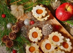 Advent Hajdúszoboszlón - alma, süti, forró tea, meleg takaró, mese. Nem is kell más az adventi várakozáshoz. Csak az Ilona apartman.