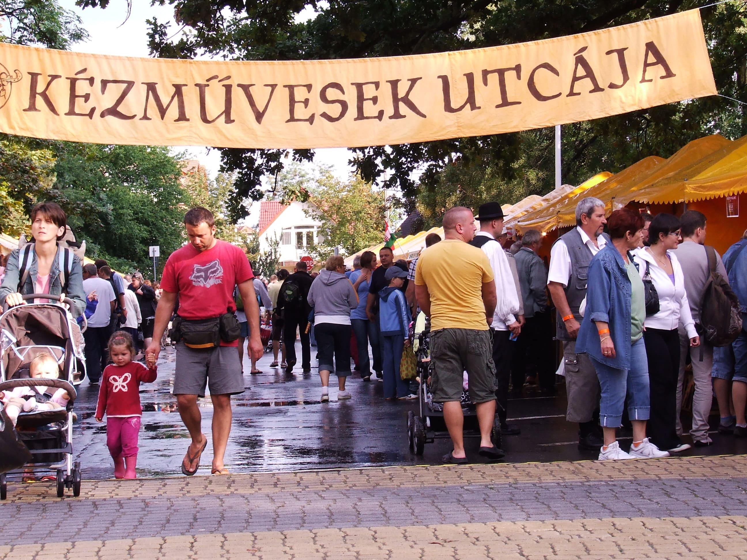 A kézművesek utcája - Szoboszlói Folkhétvége